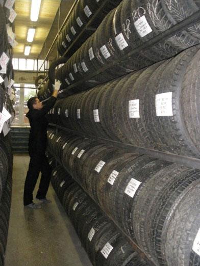 2835299_tires (392x522, 53Kb)
