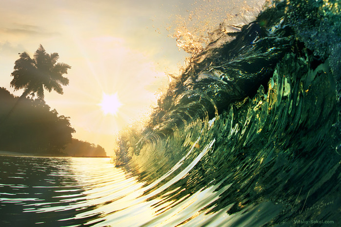 3303834_waves_vitaly_sokol_19 (700x466, 154Kb)