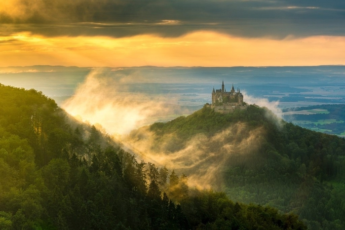 замок (700x466, 200Kb)