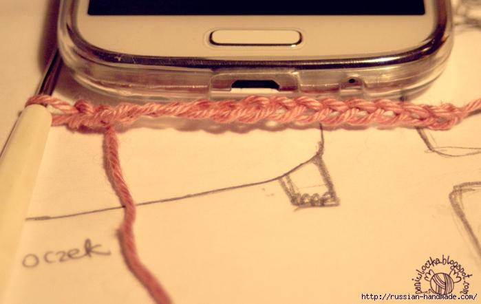 Вяжем крючком чехол для мобильного телефона (1) (700x442, 211Kb)