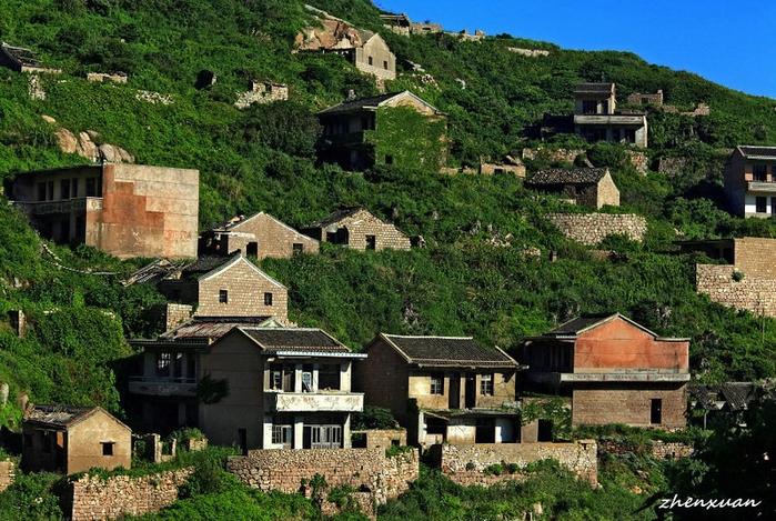 заброшенная рыбацкая деревня 2 (700x469, 490Kb)
