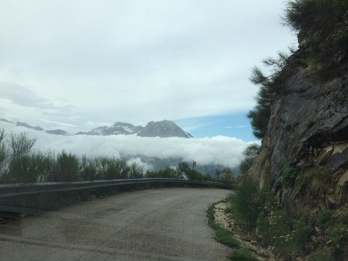 4_дорога в облаках (700x525, 356Kb)