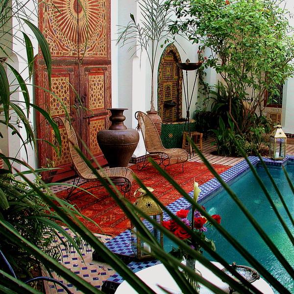 Сад в индийском стиле