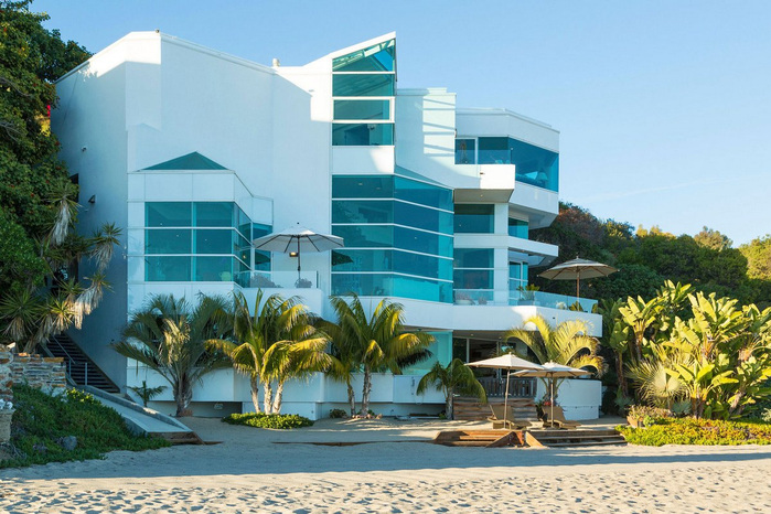 роскошный дом на пляже в малибу 1 (700x466, 402Kb)