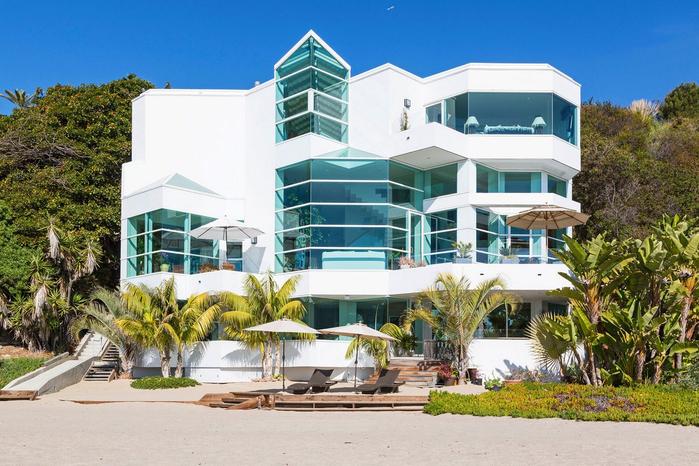 роскошный дом на пляже в малибу 2 (700x466, 409Kb)