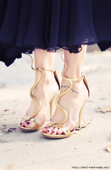 92ffd__Gold-Snake-Sandals-heels-DIY-3--630x963 (458x700, 174Kb)