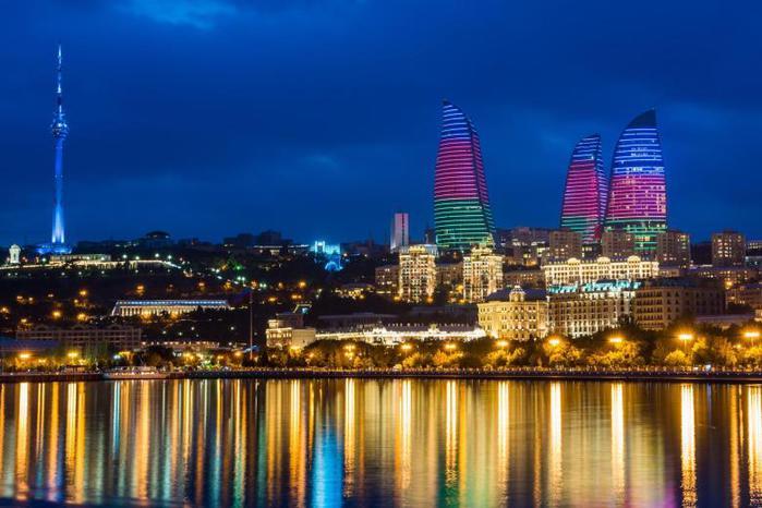Ночной Баку/3241858_Baku_1_ (700x466, 54Kb)