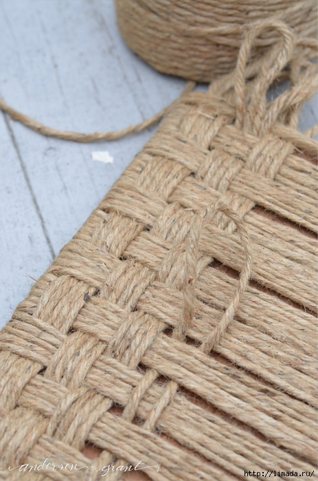 weaving twine for a footstool (463x700, 259Kb)