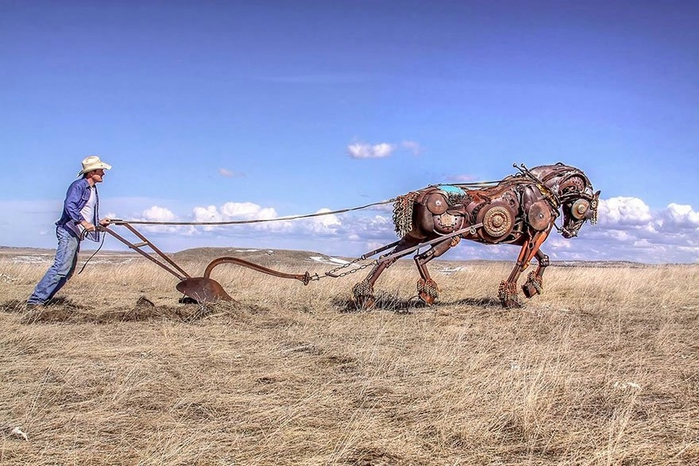 welded-scrap-metal-sculptures-john-lopez-22 (700x466, 251Kb)