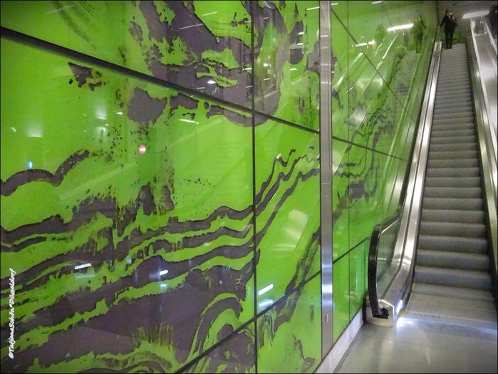 Фоторепортаж - о новых станциях дюссельдорфской подземки