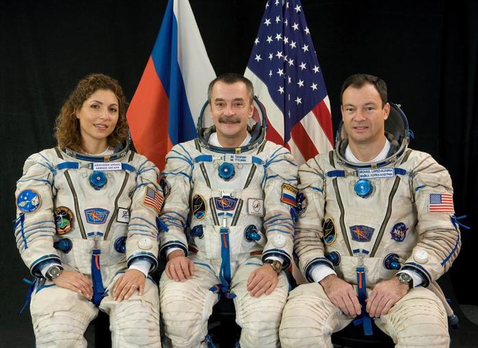 06 tma9 crew (700x509, 385Kb)