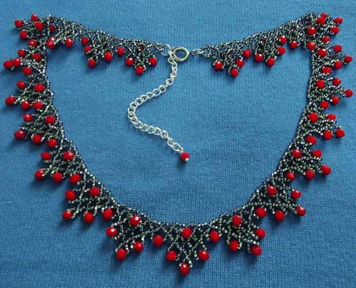 free-beading-pattern-necklace-tutorial-17 (700x567, 230Kb)