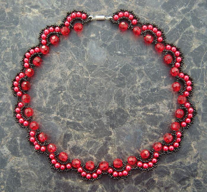 free-beading-pattern-necklace-tutoriarl-1 (700x649, 240Kb)