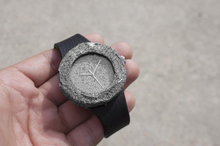 лунные часы Lunar Watch 3 (700x466, 129Kb)