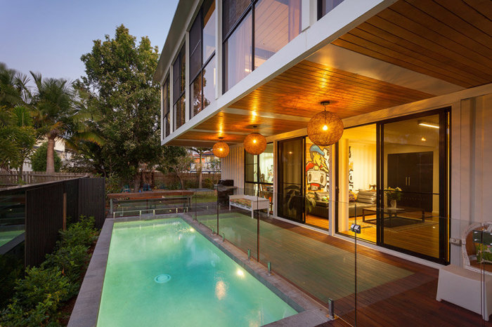 40 CONTAINER HOME All bases covered