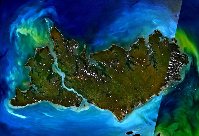 1. Острова Тиви, Австралия... (700x476, 558Kb)