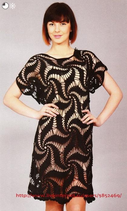 Эффектное чёрное платье из спиральных мотивов (420x700, 244Kb)