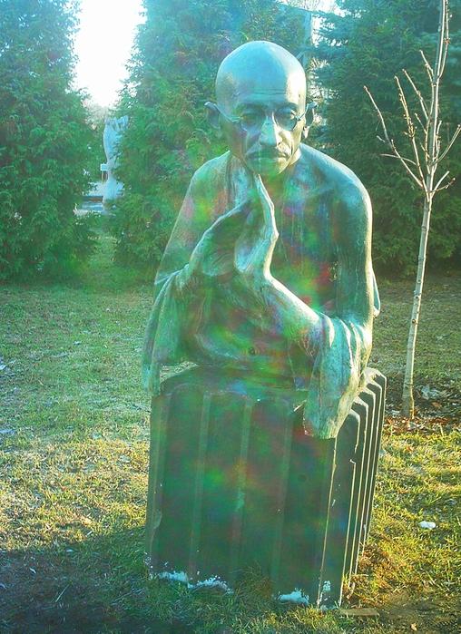 IMAG0025_Махатма Ганди_1869-1948, идеолог освобождения Индии от Великобритании (508x700, 365Kb)