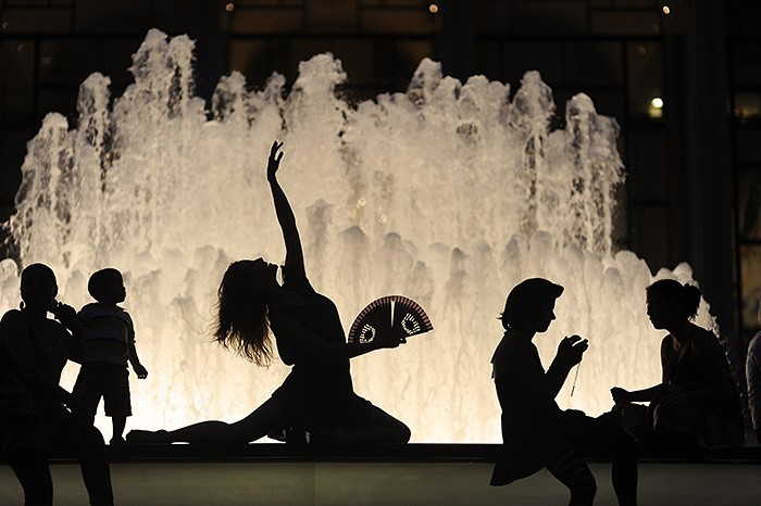 NYC_dancers_2 (700x466, 73Kb)