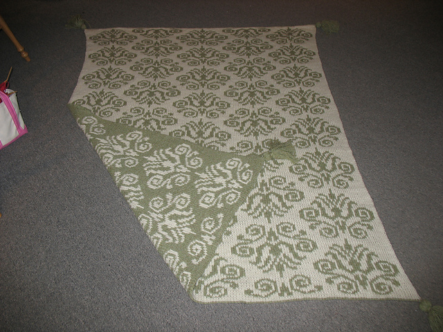damask_throw_003_medium2 (640x480, 214Kb)