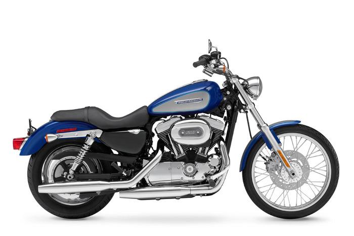 10a46__2009-Harley-Davidson-Sportster-1200CustomXL1200Ca (700x466, 68Kb)