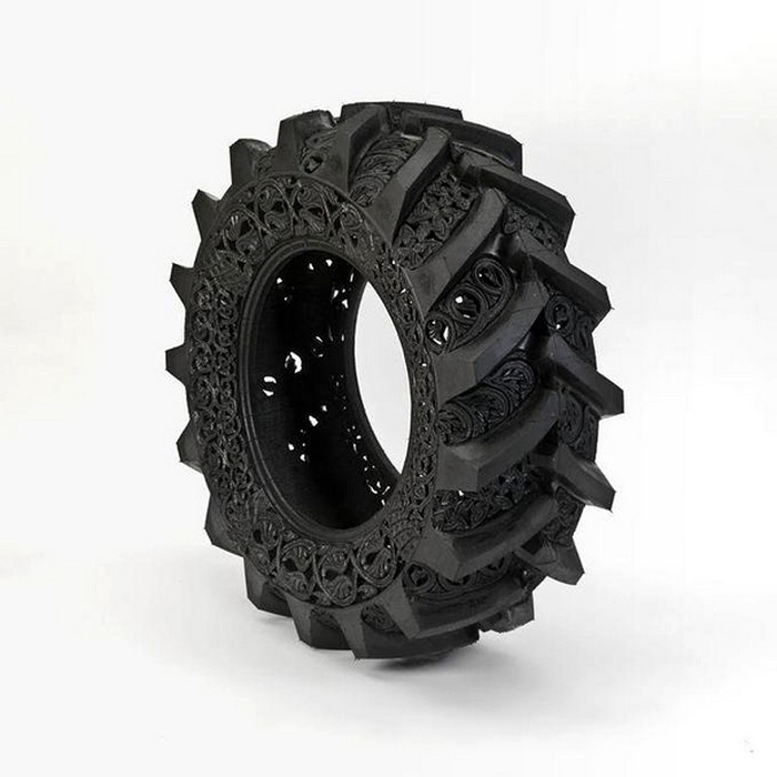 Hand-carved-car-tyres_100000000000000000000 (700x700, 73Kb)