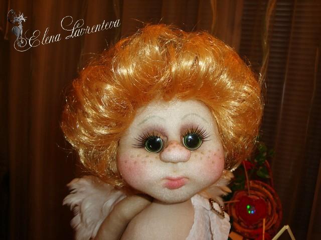 Кукла сделана в скульптурно-текстильной (чулочной технике).Каркас проволочн