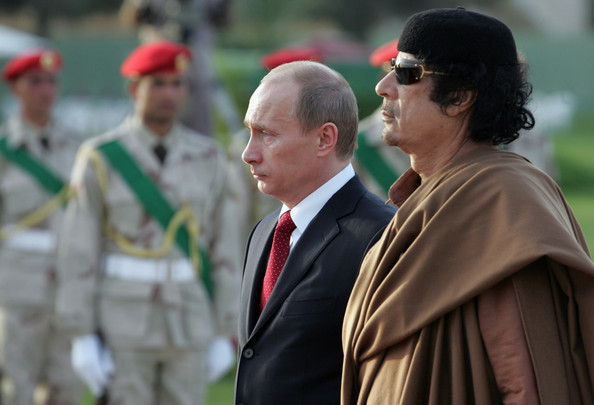 Путин и Каддафи1 (594x405, 59Kb)