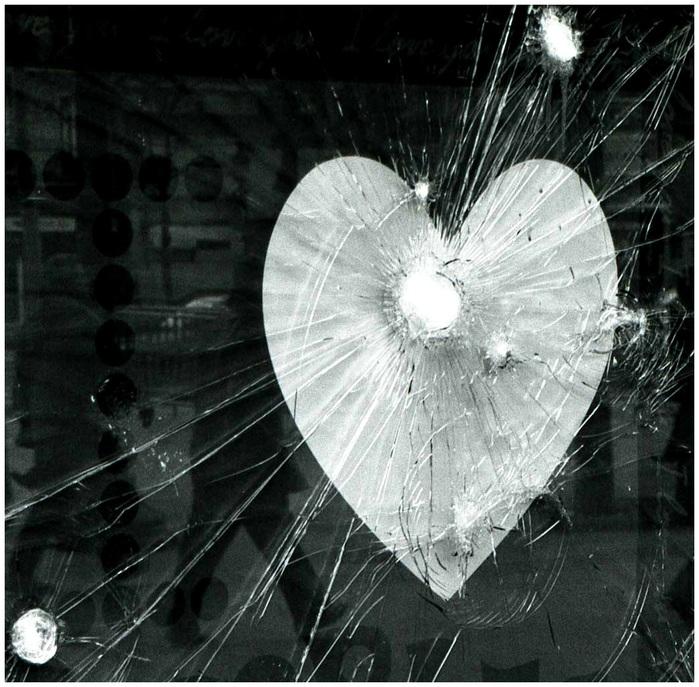 осколки любви (700x687, 176Kb)