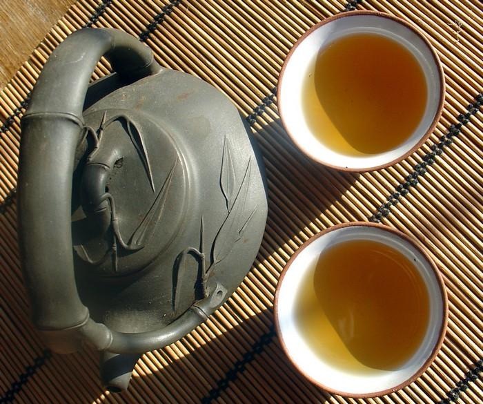 Улун чай - напиток самостоятельный.  Нельзя понять уникальный букет чая...