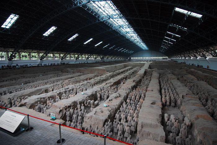 Терракотовая армия первого императора Китая в Сиане 25142