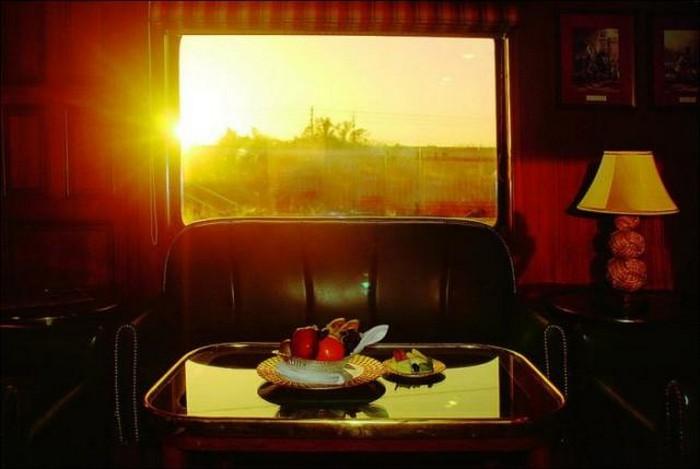 Индийский Махараджа - лучший экскурсионный поезд Индии
