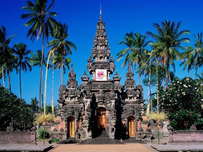 1317840067_0807_indonezia_bali_1 (700x525, 213Kb)