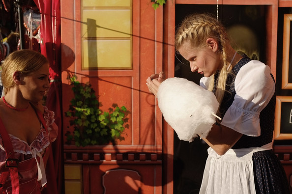 Oktoberfest+2011+Last+Day+WNSrcC799L_l (594x395, 79Kb)
