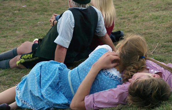 Oktoberfest+2011+Last+Day+bewsfZoG7Gkl (594x380, 104Kb)