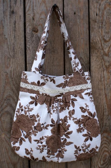 Летняя сумочка: мастер-класс.  Хлопок, кружево - легкая, никаких лишних деталей и украшений - повседневная...