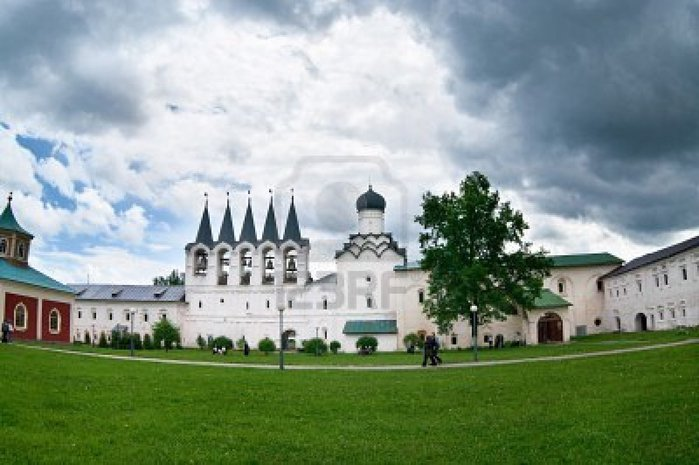 9248697-tikhvin-assumption-monastery-tikhvin-russia (700x465, 61Kb)