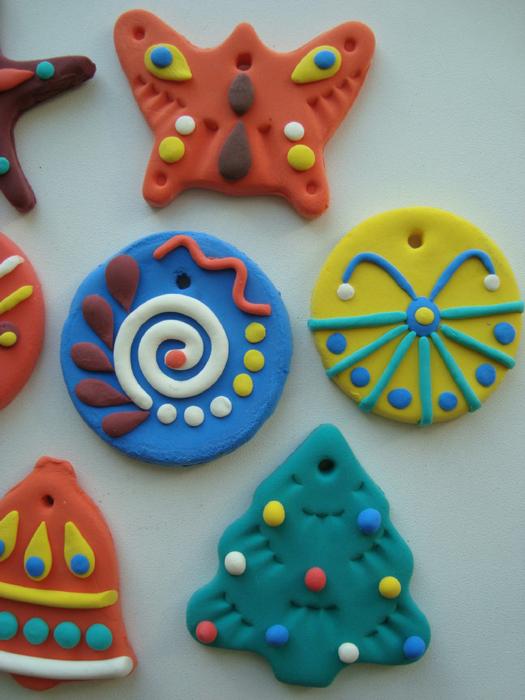 Как сделать елочную игрушку из пластилина