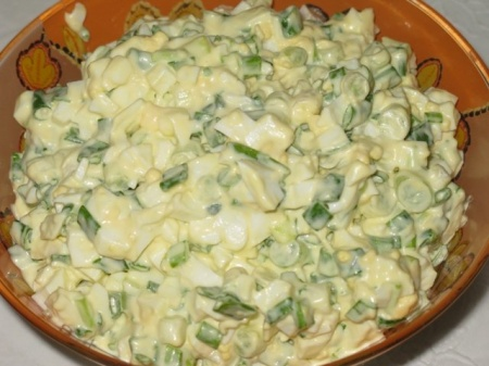 1298036391_salat-iz-kartofelya-s-zelenym-lukom-i-syrom2 (450x337, 63Kb)