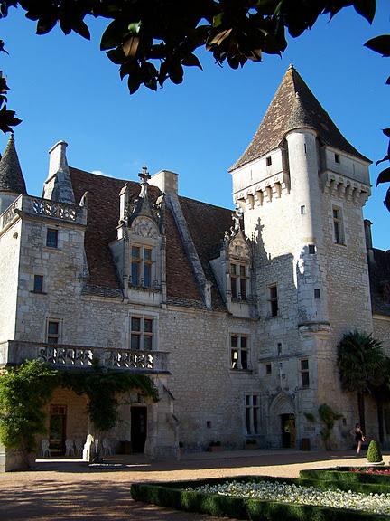 замок в Миланде (Chateau des Milandes). 86090