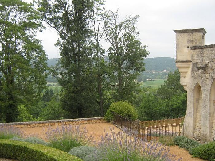 замок в Миланде (Chateau des Milandes). 81184