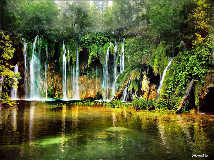 waterfalls-of-Plitvice-Lakes-Croatia (700x525, 360Kb)