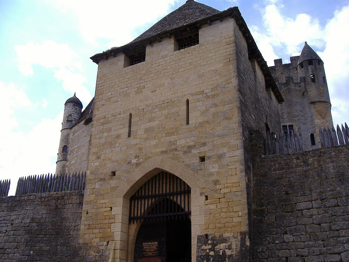 Замок Бейнак (Chateau de Beynac) 15211