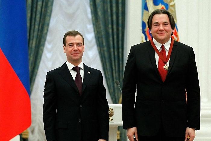 Дмитрий Медведев и Константин Эрнст 21 февраля 2011 года/2447247_Dmitry_Medvedev_and_Konstantin_Ernst_21_feb_2011 (700x468, 227Kb)