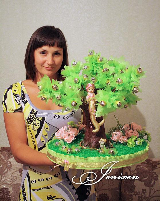 Конфетный дуб - делаем эффектный подарок!