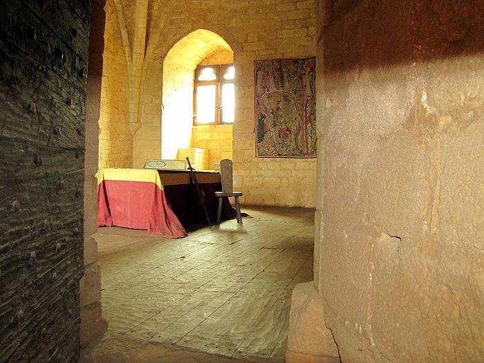 Замок Бейнак (Chateau de Beynac) 15191
