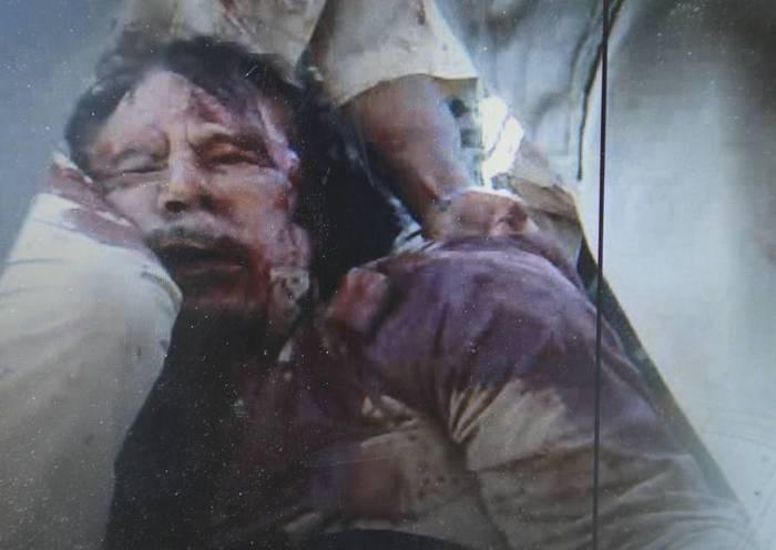 Убит человек, похожий на Муаммара Каддафи (фото)