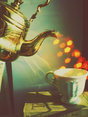 1318913465_it__t_time_to_magic_tea_by_fall_out_m[1] (300x400, 23Kb)