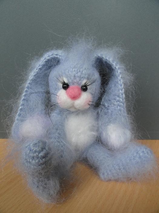 灰色的兔 - maomao - 我随心动