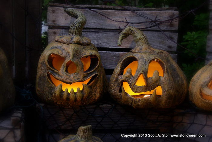 3576489_STOLLOWEENPUMPKINVERSION2GALLERY3 (700x468, 58Kb)